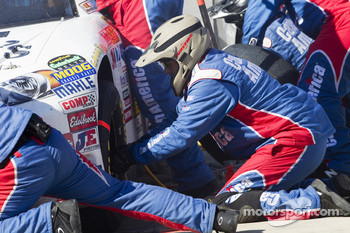 Pit stop for Robert Richardson, Front Row Motorsports with Yates Racing Ford