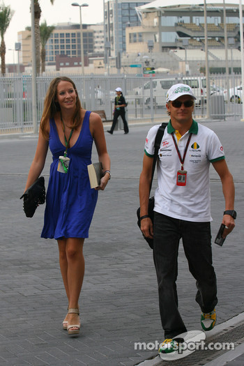 Catherine Hyde girlfriend of Heikki Kovalainen