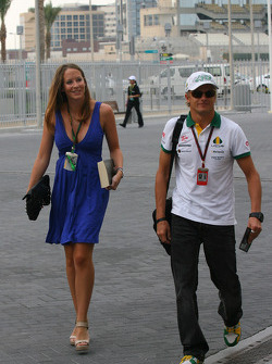 Catherine Hyde girlfriend of Heikki Kovalainen
