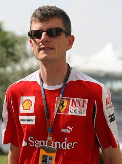 Chris Dyer, Scuderia Ferrari