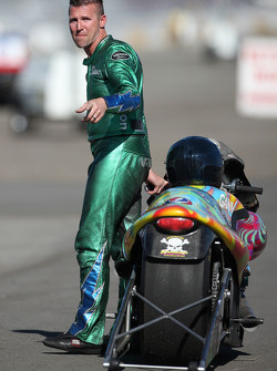Shawn Gann reacting to his defeat Round 1 at the Auto Club NHRA Finals