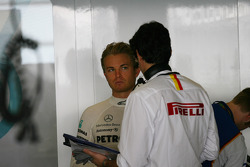 Nico Rosberg, Mercedes GP Petronas with Pirelli staff