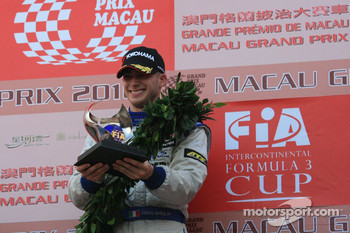 Podium: race winner Edoardo Mortara