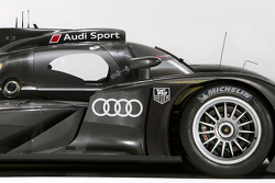 The 2011 Audi R18 TDI detail