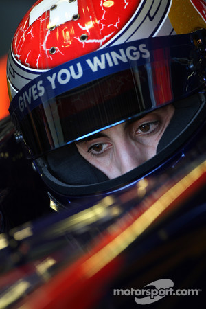 Buemi hopes to stay wit Toro Rosso