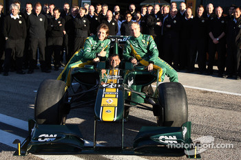 Lotus team photo, Jarno Trulli, Team Lotus, Tony Fernandes, Team Lotus, Team Principal, Heikki Kovalainen, Team Lotus