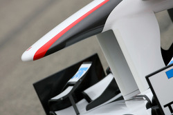 New Sauber F1 Team C30 technical detail, front wing