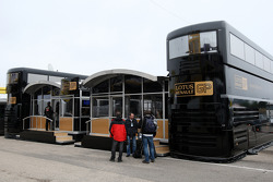 The motorhome of Lotus Renault GP