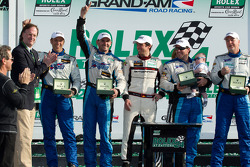 GT victory lane: class winners Steven Bertheau, Brendan Gaughan, Wolf Henzler, Andy Lally and Spencer Pumpelly celebrate