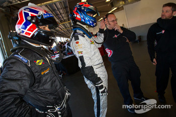 Driver change practice at Level 5 Motorsports: Raphael Matos and Ryan Hunter-Reay