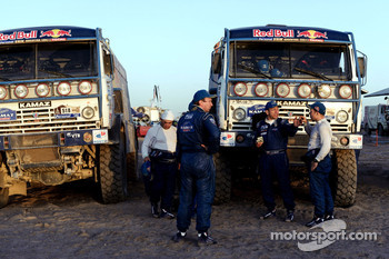 Vladimir Chagin and Firdaus Kabirov at the Kamaz-Master bivouac