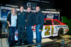 Champion's breakfast: 2011 Daytona 500 winner Trevor Bayne, Wood Brothers Racing Ford with his mother and father