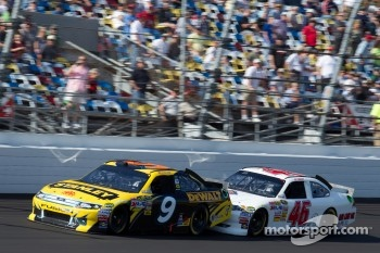 Marcos Ambrose, Petty Motorsport Ford and J.J. Yeley, Whitney Motorsport Chevrolet