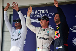 Qualifying top three in parc ferme : second place Lewis Hamilton, Mercedes AMG F1, polesitter Nico Rosberg, Mercedes AMG F1, third place Daniel Ricciardo, Red Bull Racing