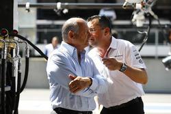 Eric Boullier, McLaren Racing Director, McLaren, talks to Ron Dennis, Executive Chairman, McLaren Automotive.