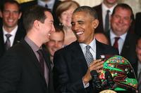 NASCAR SPRINT CUP Fotoğraflar - Kyle Busch, Joe Gibbs Racing Toyota, Birleşik Devletler Başkanı Barack Obama ile Beyaz Saray'da