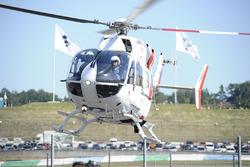 Jorge Lorenzo, Yamaha Factory Racing, wird ins Krankenhaus gebracht