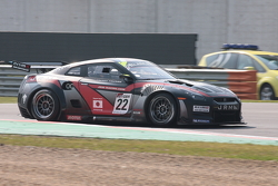 #22 JR Motorsports Nissan GT-R: Peter Dumbreck, Richard Westbrook