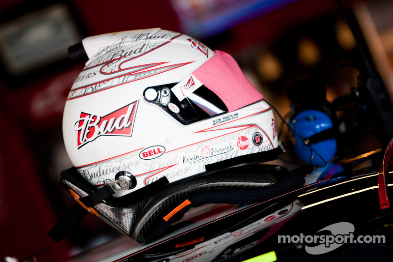 Helmet of Kevin Harvick, Richard Childress Racing Chevrolet