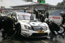 Pitstop for Maro Engel, Muecke Motorsport, AMG Mercedes C-Klasse