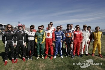 All of the Champ Car drivers pose together for a portrait prior to the event