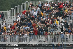 Montréal fans back on Monday morning for the race restart