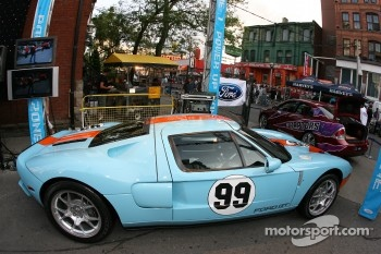 John Street party: Ford GT on display