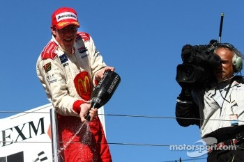 Sbastien Bourdais wins the Lexmark Indy 300 and takes his fourth consecutive Champ Car series title