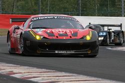 #59 Luxury Racing Ferrari F458 Italia: Stephane Ortelli, Frederic Makowiecki, Jean-Denis Deletraz