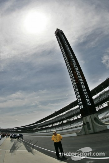 Scoring tower at Indy