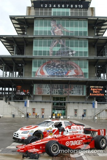 The Ganassi Racing NASCAR Nextel Cup and IRL cars poses in front of the Pagoda