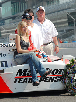 Sam Hornish jr. with wife Crystal and his parents