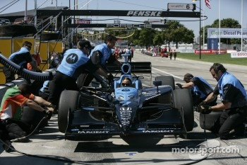 Andretti Green Racing team members practice pitstops