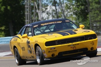 #5 TPN Racing/Blackforest Dodge Challenger Tom Nastasi, Ian James