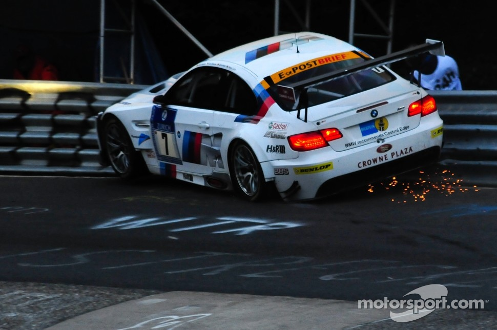 #7 BMW Motorsport BMW M3GT: Andy Priaulx, Dirk Müller, Dirk Werner, Dirk Adorf crashes heavily at the Karussell