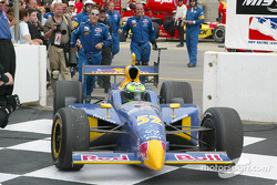 Tomas Scheckter on victory circle