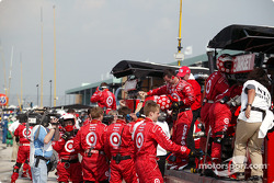Chip Ganassi Racing crew celebrates victory