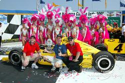 Belterra Casino girls with the winning car
