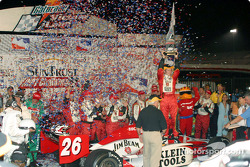 Dan Wheldon in victory lane