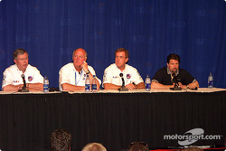 Press conference: CART CEO Joe Heitzler with CART Medical Director Steve Olvey and Michael Andretti