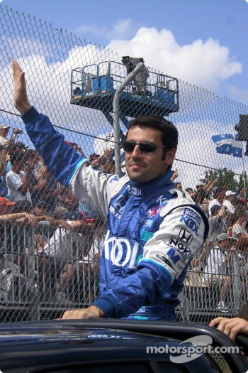 Drivers' parade: Dario Franchitti