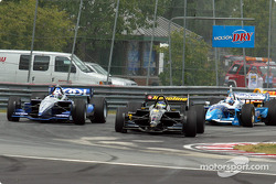 The start: Cristiano da Matta and Dario Franchitti leading the field