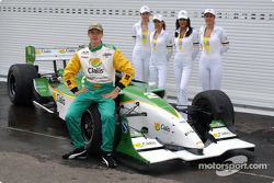 Sébastien Bourdais poses with the Cialis girls