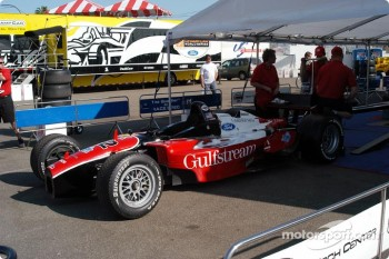 Technical inspection for Jimmy Vasser