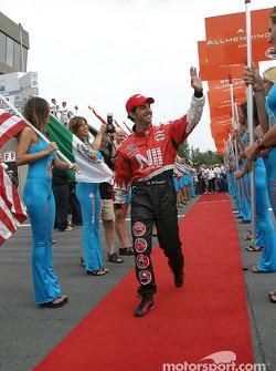 Drivers presentation: Roberto Gonzalez