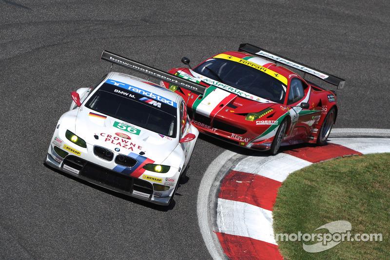 #56 BMW Motorsport BMW M3 GT: Dirk Werner, Pedro Lamy
