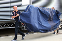 New parts arrive for Red Bull Racing
