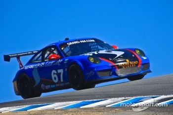#67 Steven Bertheau, Ryan Eversley: Sargent & Lundy Porsche GT3, TRG