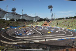 Overview over the race track in the Olympia Stadium