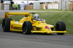 Dan Wheldon: Chaparral Cosworth 2K